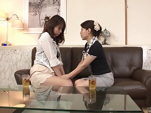 Pussy and ass eating between Yutika Oota and the brush low-spirited best join up
